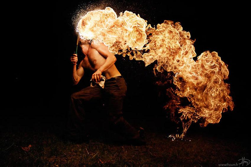 fireshow13 Стихия огня на фото Тома Лакоста