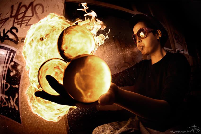 fireshow09 Стихия огня на фото Тома Лакоста