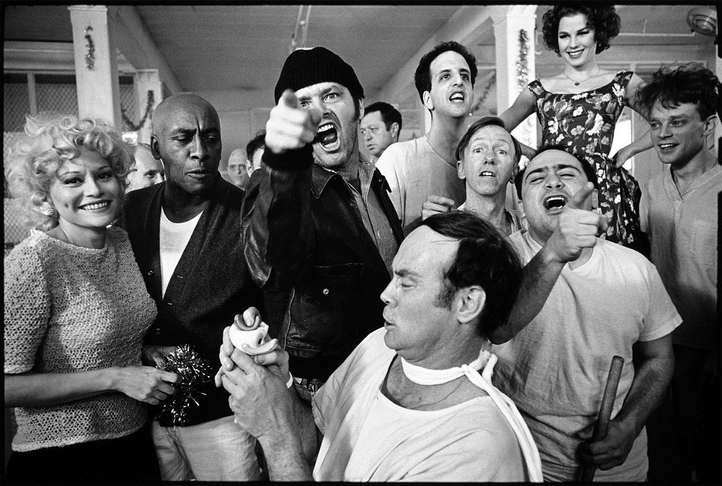 one flew over the cuckoo s The female characters in one flew over the cuckoo's nest can be divided into two extreme categories: ball-cutters and whores the former is represented by nurse ratched, harding's wife, billy bibbit's mother, and chief bromden's mother.