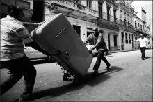 Гаваной холодильники возили / Куба.