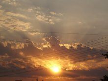 Облака в проводах / рассвет.собирались на рыбалку=)