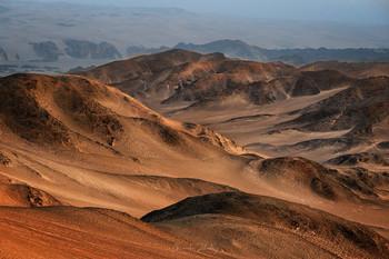 Среди песков и скал / Берег Скелетов, Намибия