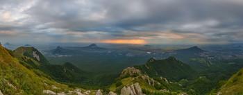 На пороге осени / У вершины горы Бештау ( 1400 м., Кавказские Минеральные Воды).