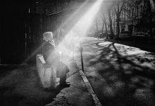 """подольский """"солярий""""... / фото снято на Подоле в Киеве, отсюда и название  пленка: кодак профото400"""