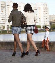 Прогуляемся? / ***************
