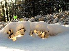 Снежное бра / Конец зимы. Солнечный день.