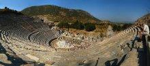 Большой театр / Древнегреческий город Эфес. 24 кадра вертикальной ориентации в два ряда. Репост на конкурс после переобработки.