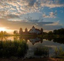 Мирский замок / ---------