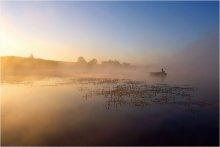 Раннеутренняя / одинокий рыболов