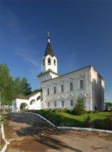 Смоленск и его окрестности 30  Церковь  СВ.Варвары. / Смоленск.  Панорама из двух горизонтальных кадров.