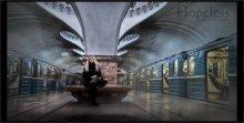 """Hopeless / Случайный кадр. Московское метро. Сливка из трех кадров снятых с рук. Самая длинная выдержка - 15"""""""