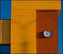 Время спешит... / Архитектурно-геометрическая композиция.