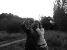 Интерес / Любить — это не значит смотреть друг на друга. Любить — значит смотреть вместе в одном направлении (с)