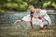 Течёт ручей бежит ручей и я не чья..... / Выездная фотосессия. Модель Александра
