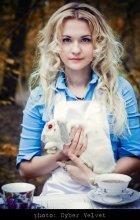 Alice and the White Rabbit / Alice in WonderWoodLand (c) Cyber Velvet 2010