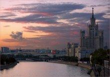 Закат на Котельнической / Город,Москва,Котельническая набережная,закат