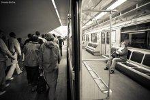 """...конечная станция: """"одиночество"""".... / в питерском метро... новое название, кто придумает другое пишите вопрос открыт!)"""