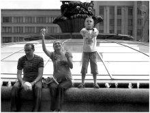 ..счастливое детство.. / о чем? .. или о ком?