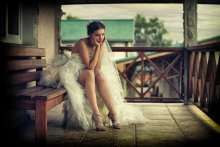 Задумчивая невеста... / Свадьба 2010