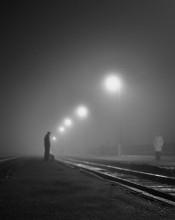 на перроне / Граф Толстой неоднократно утверждал, что вся наша жизнь — это прямая железная дорога. (с) «Мы из джаза»