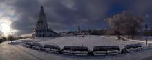 Коломенское / Москва, парк Коломенское Морозный декабрьский  день. Собрана из 5 фотографий.