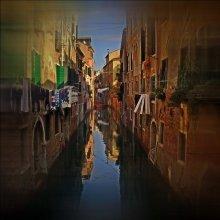 Labirinto / canali di Venezia