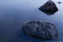 Камни в реке. / Камни в реке.