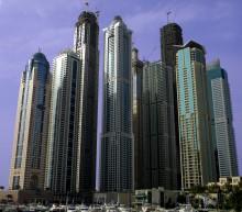Современный Дубай / Проблему с автопарковками решают путем открытия каналов для яхт прямо под домом