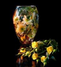 Цветы в банке / Условия кухонные,остатки цветов...банка:)