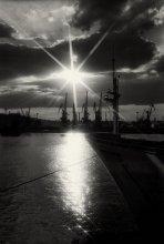 Вечер в порту. / Одесский порт. Вечер.