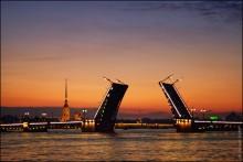Дворцовый мост / Еще парочка фото здесь - http://viktor-io.livejournal.com/6845.html