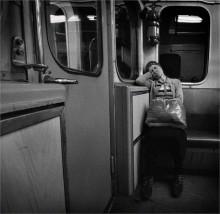 Сны о чем-то большем... / Москва, метро.
