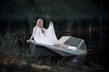 / photo: Boris Bushmin model: Polina Karpilyanskaya