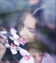 / портрет с цветами