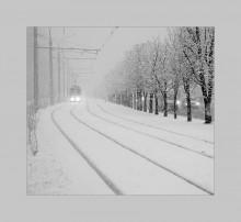 снежный трамвай / - - - - -