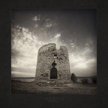 |   WINDMILL   | / Болгария, Несебр, стены ветряной мельницы
