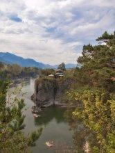 Церковь Иоана-Богослова / Горный Алтай, Чемал, о. Патмос на реке Катунь