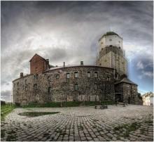 Выборгский замок. / Вид со двора.