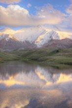 Краски высокогорья / цвета настоящие. снято на высоте 3400.