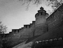 Из глубины столетий. Нижний Новгород / Древняя часть города - фрагмент каменного пояса Нижегородского Кремля, охватывающего вершину гористого мыса и уступами лежащего на волжских склонах.