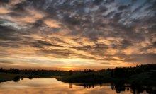 «Закат над озером» / Вот недавно любовался такой красотой. Озеро Телецкое.