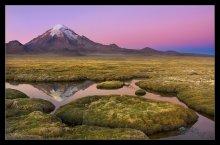 Вулкан Сахама (2)..... / Только что село солнце... На высокогорном Боливийском Альтиплано иногда возможно увидеть такой оптический эффект-в стороне, противоположной закату,полосами раскрашивается небо-от темно синего,до розового и нежно-фиолетового.Длится этот эффект всего 5 минут.....  всем приятного просмотра!