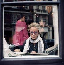 Незнакомка в кафе на Мэрилебон / Лондон, 2012