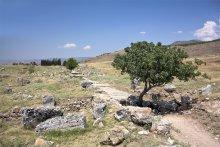 А дальше - только древняя дорога / город Хиераполис