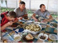А на второе у нас - вареники..... / на первое был украинский борщ, конечно же....про третье блюдо  промолчу