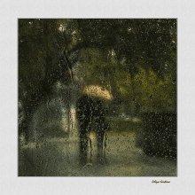 Двое / А я опять хочу в ту нашу осень... Ты помнишь? Двое под одним зонтом... И старый клен в убранстве золотом Мне эта осень ближе многих весен (Александр Иванихин)
