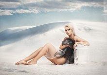 Bird / Фото - Павел Рыженков http://westkis.com/ Визаж, стиль - Татьяна Седова http://www.visage.by/ Модель - Ирина Огиевич http://vk.com/id1444847