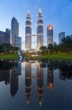 / Башни Petronas, Куала-Лумпур, Малайзия