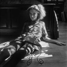 Лера (портрет с зеркалом) / Витебск, 2013