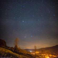 Карпатской звездной ночью / Предыдущая ночь была абсолютно безоблачной, но, после 1000км за рулем, не было сил =( Снято в рамках фототура http://fototour.by
